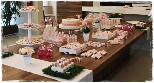 Mesa chá de fraldas rosa